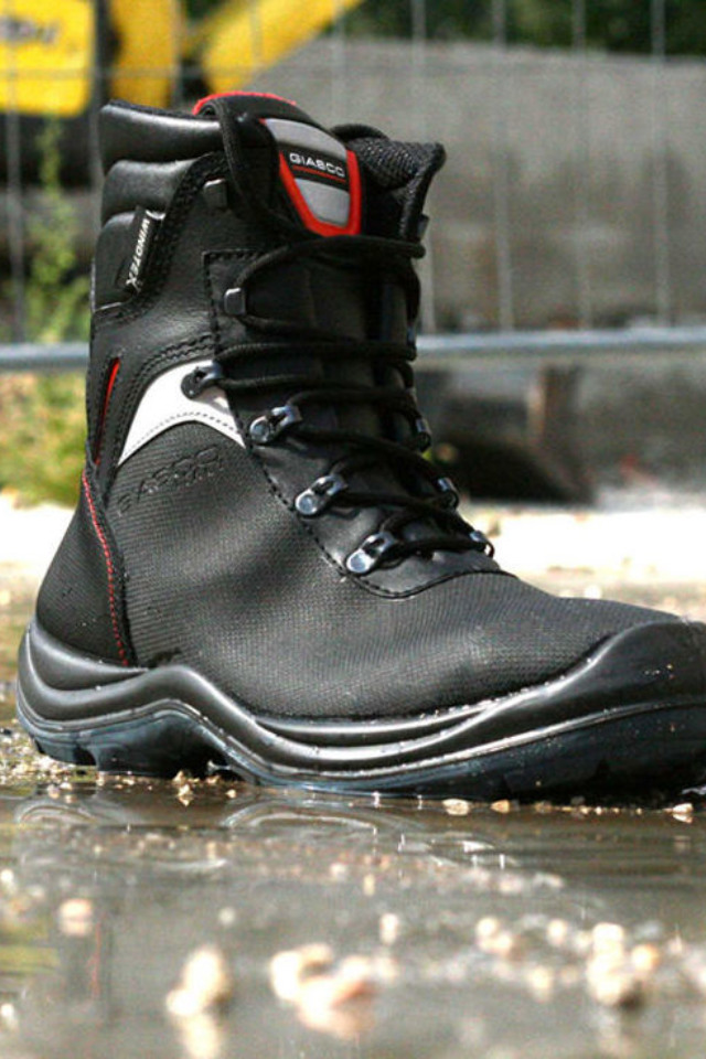 d3d42134acb Safety Footwear | Heathbrook